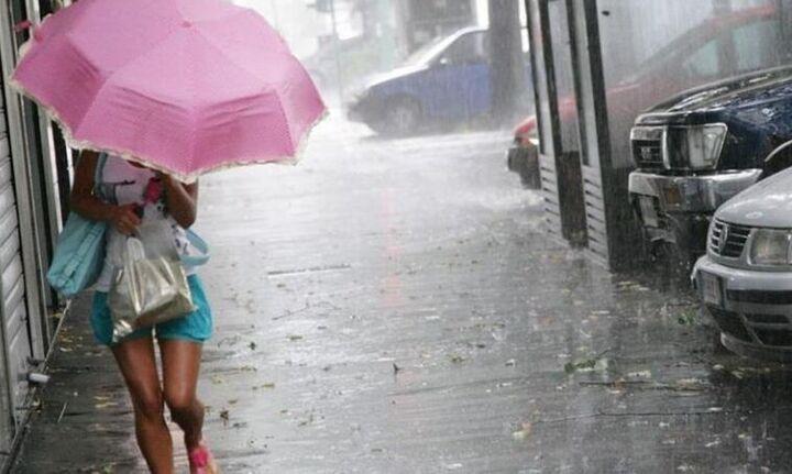 Έκτακτο δελτίο καιρού: Ραγδαία επιδείνωση με βροχές, καταιγίδες και χαλαζόπτωσεις