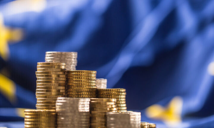 Κομισιόν: Άντλησε 20 δισ. ευρώ από το 10ετές ομόλογο για την χρηματοδότηση του Ταμείου Ανάκαμψης