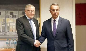 Συνάντηση Σταϊκούρα - Ρέγκλινγκ: Η Ελλάδα μπορεί να έχει ισχυρή ανάπτυξη μετά τις δύσκολες συνθήκες