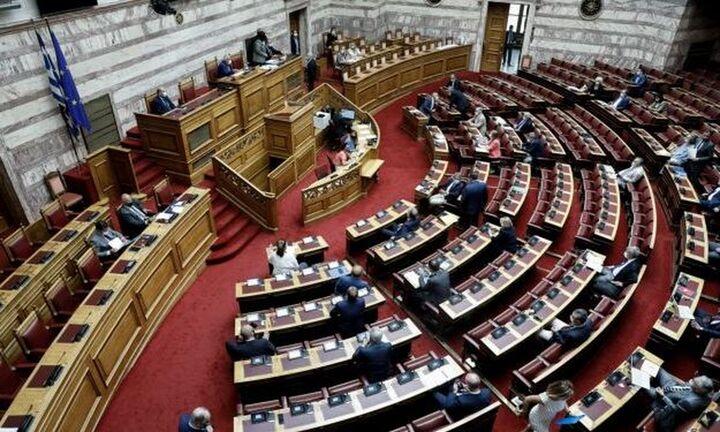 Βουλή: Ξεκίνησε η ονομαστική ψηφοφορία του νομοσχεδίου για το εργασιακό