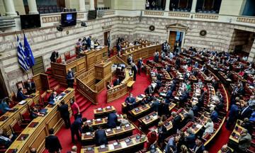"""Με 158 """"ναι"""" υπερψηφίσθηκε το Εργασιακό νομοσχέδιο"""