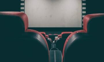 Λοιμωξιολόγοι: Οι εισηγήσεις για κλειστούς κινηματογράφους, εμπορικά καταστήματα και λούνα παρκ