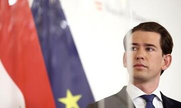 Κουρτς: Η Αυστρία ευχαριστεί -και υποστηρίζει- την Ελλάδα για την προστασία των συνόρων