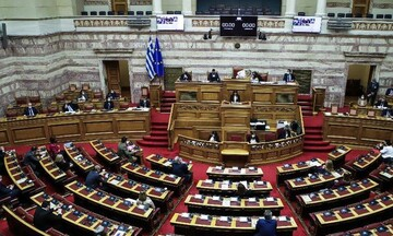 Στη Βουλή το θέμα της «περίεργης» εξαφάνισης 1.000 δικογραφιών από την Εισαγγελία Κέρκυρας