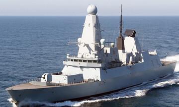 Σοβαρό επεισόδιο στη Μαύρη Θάλασσα: Προειδοποιητικά πυρά ρωσικού πλοίου σε βρετανικό αντιτορπιλικό