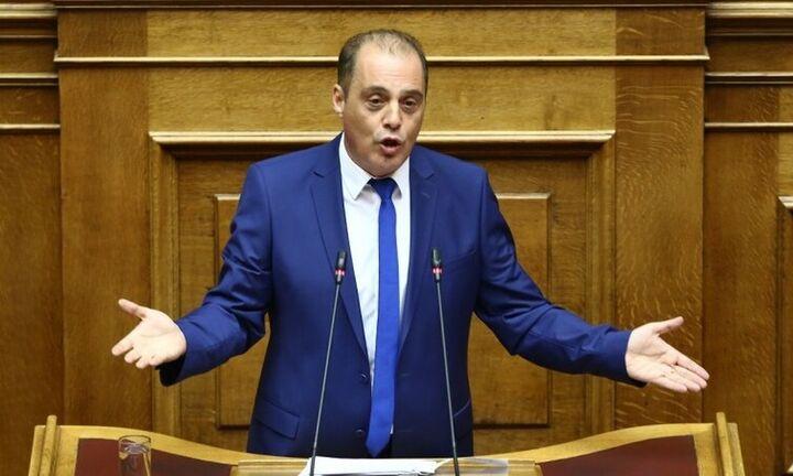 Κυρ. Βελόπουλος: Παραδέχτηκε τα fake news και απέσυρε τα tweet για τα 800.000 ευρώ της Μάγδας Φύσσα