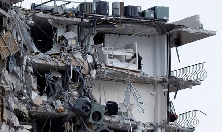 Τουλάχιστον ένας νεκρός και 10 τραυματίες από την κατάρρευση του 12όροφου κτιρίου στο Μαϊάμι