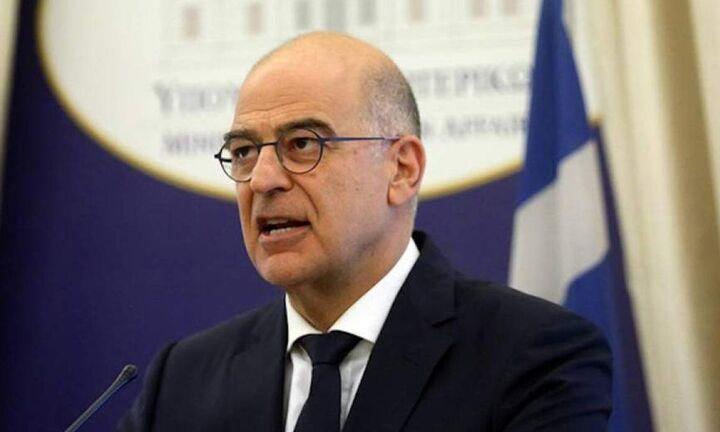 Διπλωματική επιτυχία - «μαχαιριά» στη Μέρκελ: Σε υπουργική συνάντηση για τη Συρία σήμερα ο Δένδιας