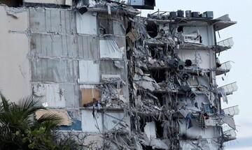 Μαϊάμι: Βρέθηκαν και άλλα πτώματα στα συντρίμμια του 12όροφου κτιρίου που κατέρρευσε