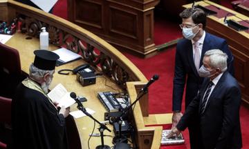Βουλή: Ορκίστηκαν οι Κων. Κόλλιας (Κορινθίας, ΝΔ) και Άγγ. Τόλκας (Ημαθίας, ΣΥΡΙΖΑ)
