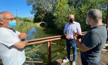 Αυτοψία Γ. Αμυρά στη λίμνη Βουλκαριάγια το φαινόμενο των νεκρών κυπρίνων