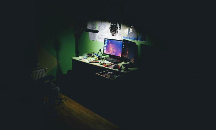 Λύτρα-μαμούθ ζητούν οι χάκερ που «κλείδωσαν» χιλιάδες υπολογιστές σε όλο τον κόσμο