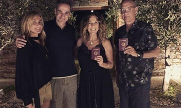 Αντίπαρος: Το δείπνο Κυριάκου Μητσοτάκη, Τζεφ Μπέζος και Τομ Χανκς - Τι συζήτησαν για την Ελλάδα