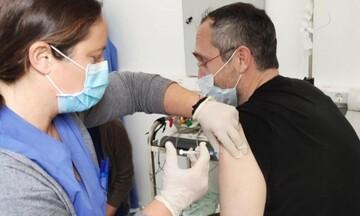 Αυτή είναι η εταιρεία στη Λάρισα που δίνει 500 ευρώ μπόνους στους εργαζόμενους μετά τον εμβολιασμό
