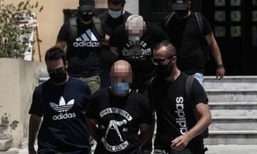 Φρίκη στην Ηλιούπολη: Βίος και πολιτεία του αστυνομικού που εξέδιδε την 19χρονη (vid)