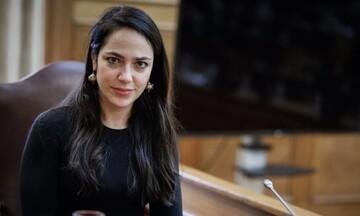 Τα «μαζεύει» η Δόμνα Μιχαηλίδου μετά τις δηλώσεις περί απόλυσης εργαζομένων: «Λάθος διατύπωση»