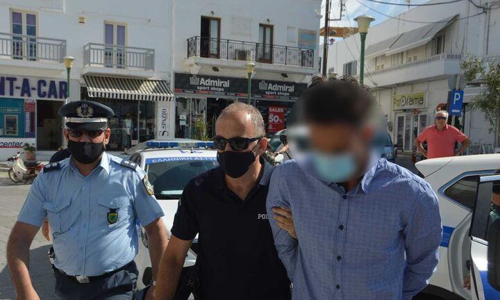 Έγκλημα στη Φολέγανδρο: Οργή για την δολοφονία της Γαρυφαλιάς - Προκλητικές δηλώσεις από τον 30χρονο
