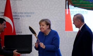 Κυπριακό: Παρά την παγκόσμια καταδίκη της Τουρκίας... η Μέρκελ δικαιολογεί τις προκλήσεις Ερντογάν