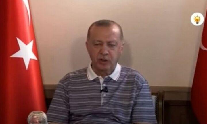 Τουρκία: Τα βλέφαρα του Ερντογάν κλείνουν και... οργιάζουν οι φήμες για την υγεία του (vid)