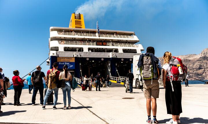 Γεωργιάδης: Τα μέτρα που πήραμε αποδίδουν - Προς αύξηση τουρισμού τον Αύγουστο
