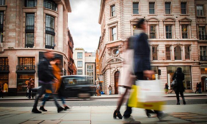 EY: Οι καταναλωτές παγκοσμίως ζητούν οι επιχειρήσεις να αναλάβουν δράση για τη βιωσιμότητα