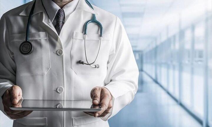Γιατρός συνελήφθη για σεξουαλική παρενόχληση 19χρονου - Διώκεται για κακούργημα