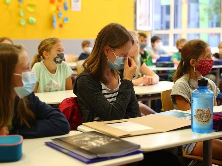 13 Σεπτεμβρίου ανοίγουν τα σχολεία - Mε πιστοποιητικό εμβολιασμού ή αρνητικό τεστ στην τάξη