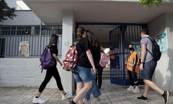 Συρίγος: Πώς θα ανοίξουν σχολεία και πανεπιστήμια το φθινόπωρο