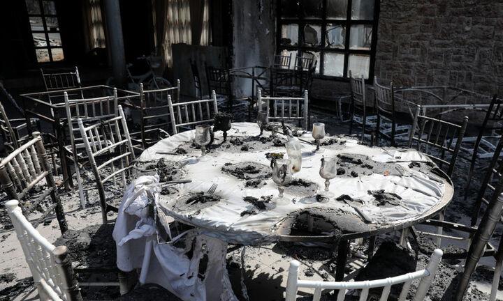Περιφέρεια Αττικής:77 οι πληγείσες επιχειρήσεις από την μεγάλη πυρκαγιά στη Βαρυμπόμπη