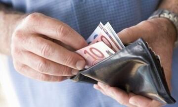 Έξτρα έκπτωση φόρου έως 2.200 ευρώ για 18 κατηγορίες ελεύθερων επαγγελματιών