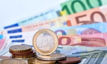 Κομισιόν: Εγκρίθηκε σύνθετη τιτλοποίηση για στήριξη μικρομεσαίων