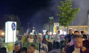 Κορυτσά: Σκηνές χάους με άγρια επεισόδια από Αλβανούς εθνικιστές στη συναυλία του Γκ. Μπρέγκοβιτς