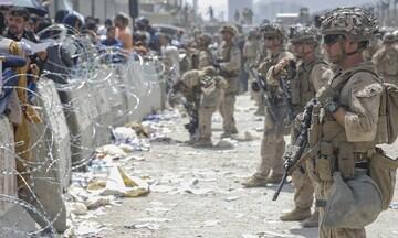 Συναγερμός στο αεροδρόμιο της Καμπούλ - ΗΠΑ, Βρετανία, Αυστραλία λένε στους πολίτες τους να φύγουν