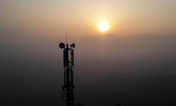 Ξαναμοιράζεται η τράπουλα στις τηλεπικοινωνίες