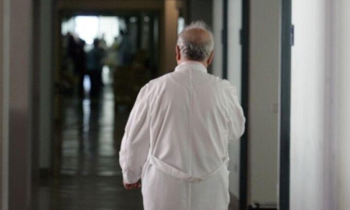 Βασιλακόπουλος: Προς αύξηση κρουσμάτων - «Κρας τεστ» τα σχολεία