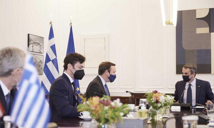 Συνάντηση Κυριάκου Μητσοτάκη με τους Αμερικανούς γερουσιαστές Κρ. Μέρφι και Τζ. Όσοφ