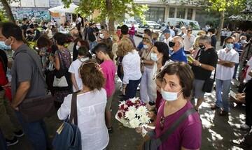 Η Ελλάδα αποχαιρετά τον Μίκη Θεοδωράκη - Σε λαϊκό προσκύνημα η σορός του