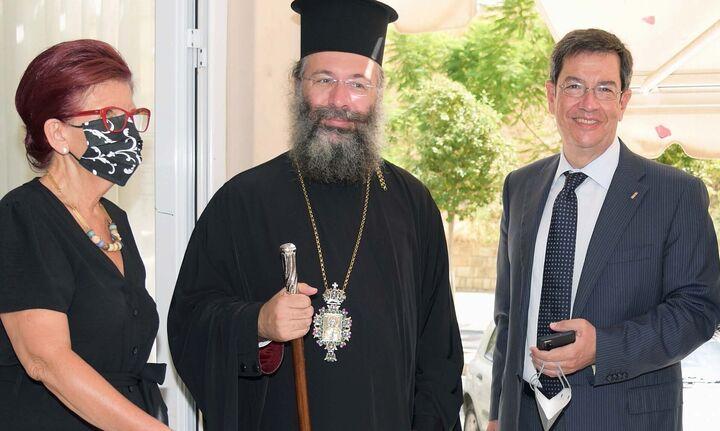Δωρεά σχολικών ειδών από την Παγκρήτια Τράπεζα και την Αρχιεπισκοπή Κρήτης