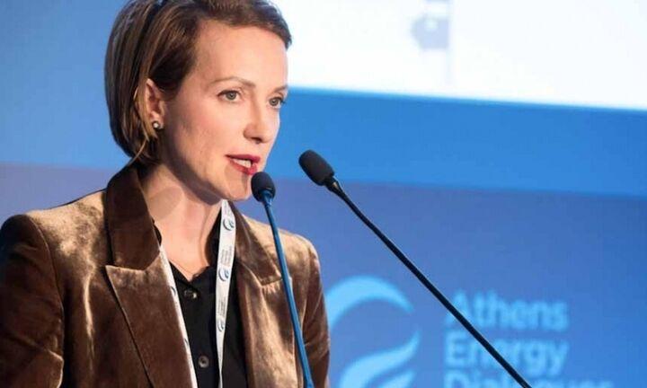Α. Σδούκου: Προανήγγειλε σχέδιο νόμου για τις ανανεώσιμες πηγές ενέργειας
