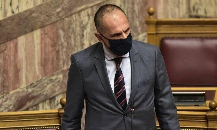 Γεραπετρίτης: Ο νέος πλούτος θα διανέμεται στους πολίτες - Τι είπε για χορήγηση 3ης δόση
