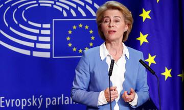 Φον Ντερ Λάιεν: Ετοιμάζει σύνοδο κορυφής για τον ευρωστρατό