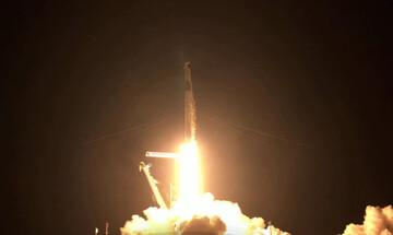 Ιστορική τουριστική πτήση της SpaceX για... καλό σκοπό