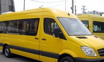Παραλίγο τραγωδία στη Βάρκιζα: Ξέχασαν σε σχολικό λεωφορείο για πέντε ώρες κοριτσάκι 2 ετών