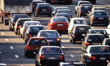 Αγωγή κατά BMW και Mercedes-Benz για το κλίμα