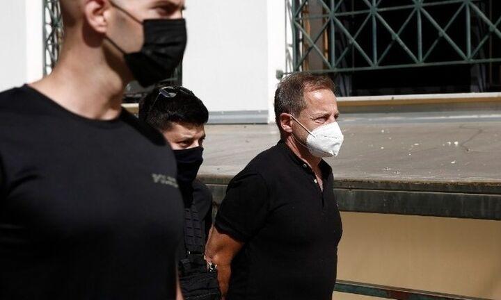 Την αντικατάσταση της προσωρινής κράτησής του θα ζητήσει τις επόμενες ημέρες ο Δ. Λιγνάδης