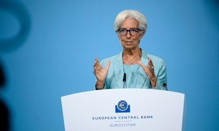 Λαγκάρντ: Περιορισμένη η έκθεση της ευρωζώνης σε ενδεχόμενη πτώχευση της Evergrande
