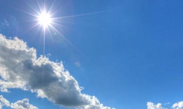 Καιρός: Άνοδος της θερμοκρασίας τo Σάββατο - Έως τους 30 βαθμούς θα «σκαρφαλώσει» ο υδράργυρος