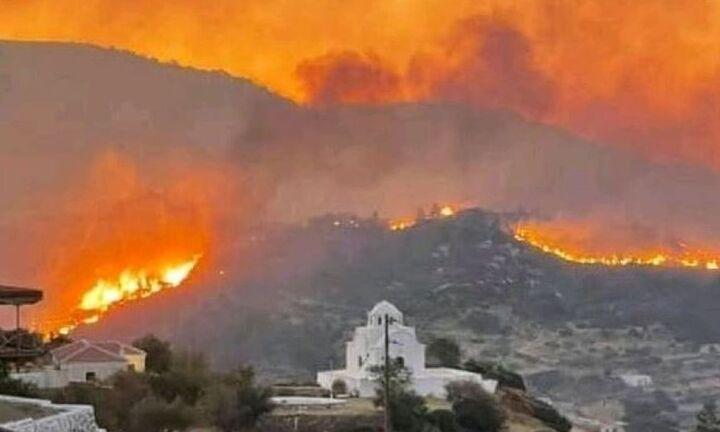 Κάρπαθος: Συνεχίζονται οι προσπάθειες για την κατάσβεση της πυρκαγιάς