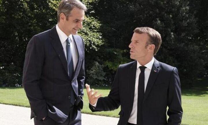 Συνάντηση Μακρόν - Μητσοτάκη στο Παρίσι