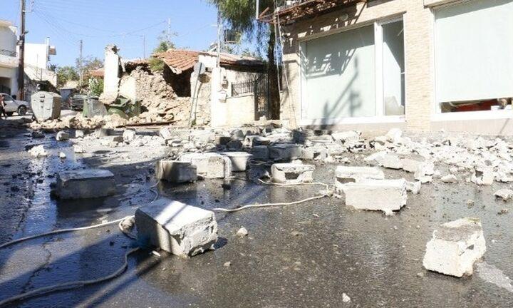 Σεισμός Ηράκλειο: Ένας νεκρός 9 τραυματίες και μεγάλες ζημιές από τα 5,8 Ρίχτερ στο Αρκαλοχώρι